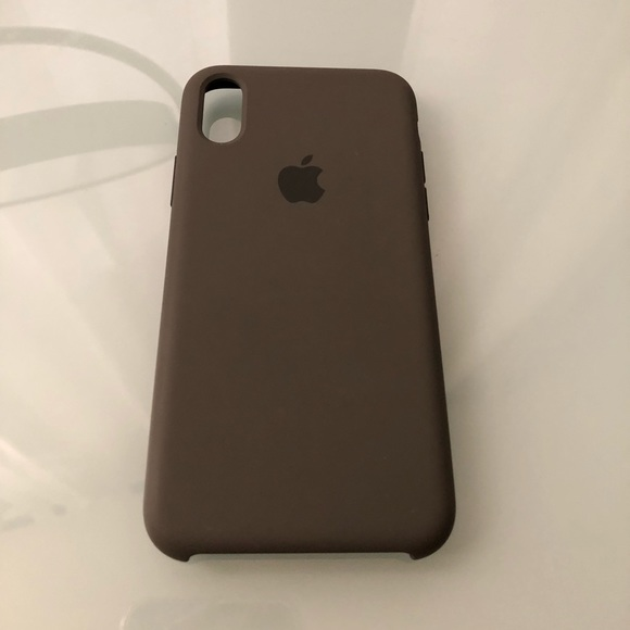 separation shoes ff53d a75bb Apple Silicone case in Dark Olive